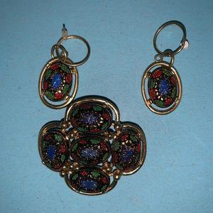Multi Colored Brooch & earrings gold tone